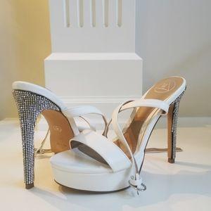 Missguided diamante platform heel